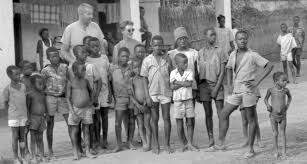 the white missionaries first come to umuofia welcomed and the white missionaries first come to umuofia welcomed and accepted by the villagers not knowing what sorts of trouble they actually bring
