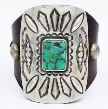 le bracelet ketoh with silver and turquoise on french bridle leather um
