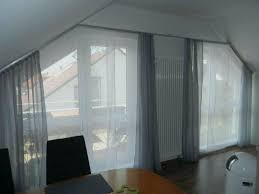 Schräge Fenster Verdunkeln Allgemeines Und Warm Gardinen Befestigen