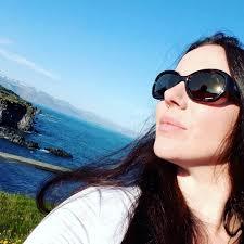 Alexandra Snow DominaSnow Twitter