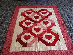 124 best VALENTINE QUILTS images on Pinterest | Crafts, Bright ... & Hearts & Arrow Valentine Quilt by Quiltsalad, via Flickr Adamdwight.com
