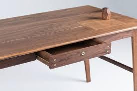 wolf lockable wood desk » gadget flow
