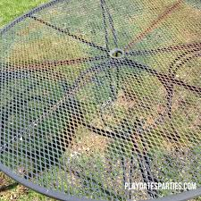 don t throw away that old rusty outdoor furniture find out how to paint