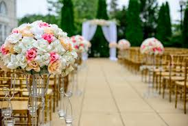 how to decorate your ceremony aisle