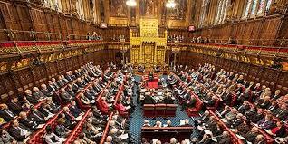 Reino Unido: Parlamento vota postergar Brexit y descarta nuevo referendo