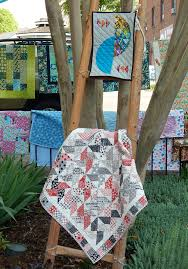 Outdoor Quilt Show! | Zippy Quilts & This is the Smoky Mountain Quilters raffle quilt this year Adamdwight.com