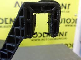fuse box 1s7t14a073ag ford mondeo mk3 2003 4 dv sedan 2 0 tdci fuse box 1s7t14a073ag ford mondeo mk3 2003 4 dv sedan 2 0 tdci 96 kw