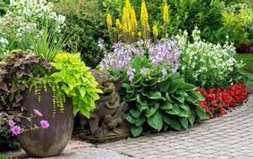 Small Picture Garden Design in Glasgow City Compare Quotes Expert Advice