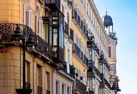 Free Photo Apartment Buildings Against Sky Tourism Street