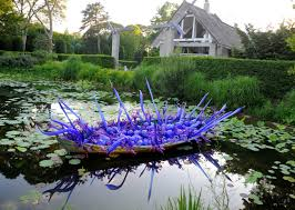 dale chihuly debuts wild new works at longhouse reserve kdhamptons