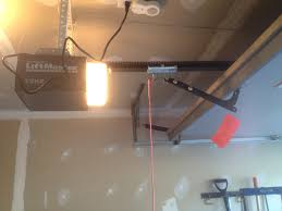 how much does it cost to install a new garage door opener