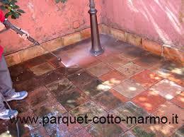 Pavimento Cotto Rosso : Come pulire il pavimento in cotto pavimenti a roma