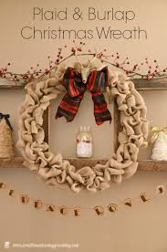 30 Christmas Burlap Decorations Embellishing Your Home With a Rustic Appeal