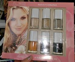 drew barrymore nail d it collection nail polish fingernails gift set manicure pedicure review