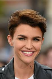 Women S Short Hairstyles Thick Hair With 24 Unique Short Hairstyles