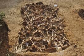 file spanish civil war mass grave estepar burgos jpg  file spanish civil war mass grave estepar burgos jpg