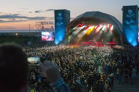Unlike sonar festival the focus is more on bands and less on electronic music. Primavera Sound Sets The Stage For Music Festivals Worldwide The New York Times
