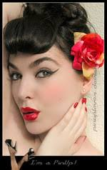 the pin up makeup look has been adopted by celebrities in order to grab attentions especially when they need to stand out among all the glamorous