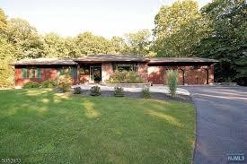 hampton real estate and apartments