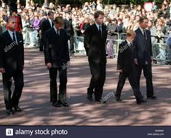 Il principe William Collezione 1997 Princess Diana funerali 6 settembre  1997 il Principe Filippo il principe William Conte Spencer il principe Harry  Foto stock - Alamy