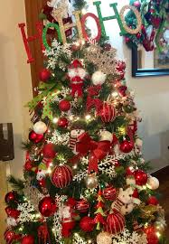 Red, green and gold Christmas Tree.