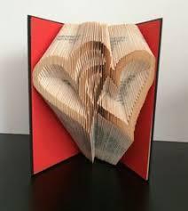 plié livre art sculpture coeurs liés fiançailles mariage bridal shower anniversaire anniversaire