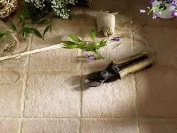 Piastrelle Antiscivolo Per Piscina : Prezzi piastrelle per esterni pavimenti esterno mattonelle