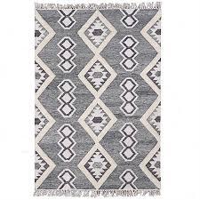 design republique cyrus handwoven tuffed rug