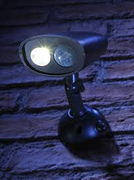 Details About Bright Battery Operated Pir Motion Sensor Wireless Outdoor Security Wall Light