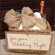 amazing gift for wedding night 1000 ideas about honeymoon basket on honeymoon gift