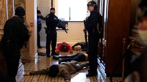 Photos: Mob storms the U.S. Capitol in ...