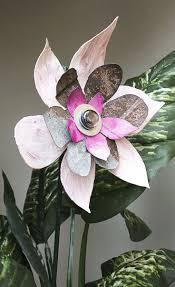 Pink Rusty Metal Flower Yard Art Garden Stake, Indoor Outdoor Metal Wall Art,  Salvaged