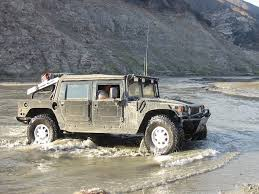 File:Hummer H1 mud 1.jpg - Wikimedia Commons