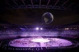 """شاهد بالفيديو.. أكثر من 1800 طائرة """"درون"""" تبهر العالم في افتتاح أولمبياد  طوكيو 2020 - جريدة الراية"""