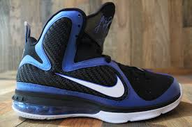 lebron kentucky. the university of kentucky nike lebron 9 will officially release this weekend at select retailers. lebron r