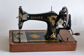 Singer Sewing Machine 1910