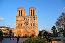Картинки по запросу Cathédrale Notre Dame de Paris