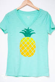 the perfect shirt for summer see how i made this ombre pineapple screen print tee