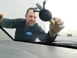 windshield repair tony_fixing_a_windshield auto glass replacement tulsa ok