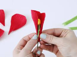 How To Make A Paper Ribbon Flower Origami How To Make Flowers Using Crepe Paper Hgtv Make Flower