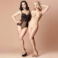 DITA VON TEESE Collections Black Dahlia Dahlia Cr me Caramel.