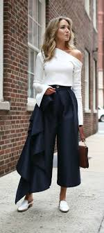 Best 25+ Spring trends ideas on Pinterest | Outfits with ruffles ...