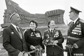Бесплатный реферат на тему Вклад Узбекистана в победу над фашизмом  Это был очень тяжелый период для всего Советского союза Сколько жертв и потери было ради мира и спокойствия Вклад Узбекистана в победу над фашизмом нельзя