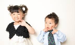 結婚式披露宴での子供の服装マナー男の子女の子の正装とは 結婚式