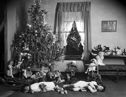 A 1920s Traditional Christmas