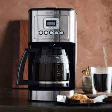 Considering its sleek design, temperature control, and undeniably useful features, this coffee maker simply brings so much to the table. Cuisinart Perfectemp 14 Cup Programmable Coffee Maker With Glass Carafe Williams Sonoma