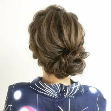 和装に合う髪型が知りたい年代シーンレングス別に徹底解説