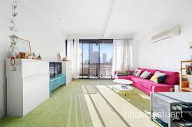 Beautiful 1 Bedroom Apartments For Rent In Melbourne, VIC. 1209/118 Russell Street,  Melbourne VIC 3000