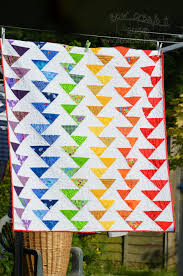 FREE pattern: Rainbow Migrating Geese Quilt (from Sew Create It ... & FREE pattern: Rainbow Migrating Geese Quilt (from Sew Create It) Adamdwight.com
