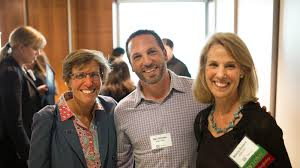 dan simons joins alumni and students at gw roundtable farmers restaurant group